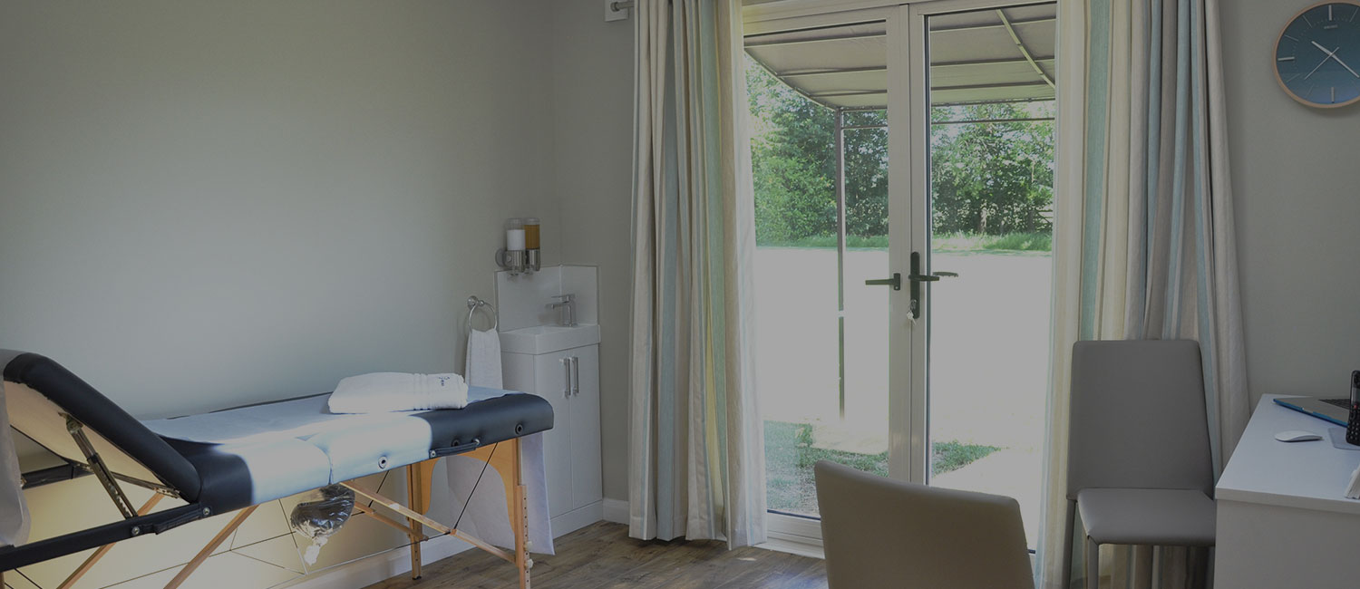 Set in a beautiful, secluded rural setting, the clinic offers patients complete privacy